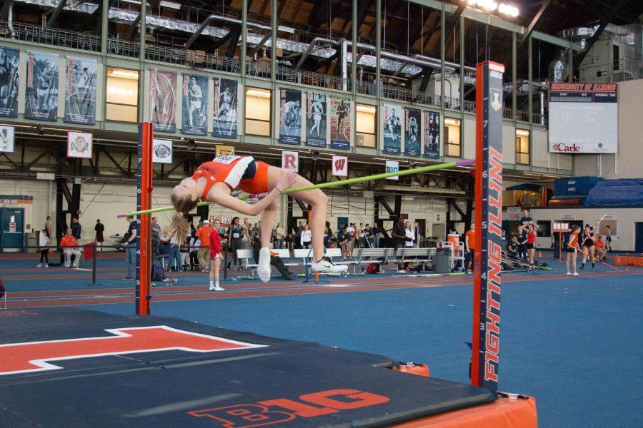 Illinois%27+Kandie+Bloch-Jones+%28Jr.%29+attempts+the+high+jump+during+the+Orange%26amp%3BBlue+Meet+at+Armory+on+Saturday%2C+Feb.+20%2C+2016.