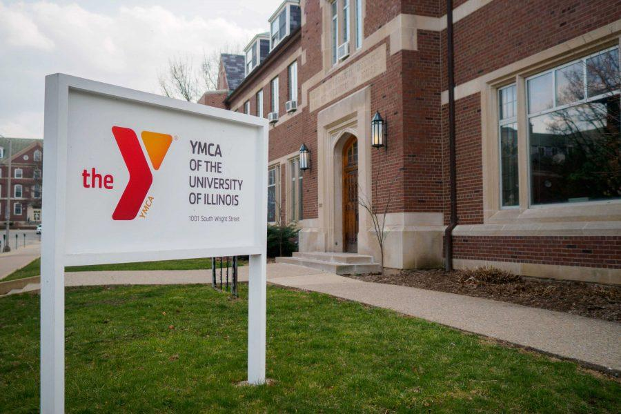 Outside+of+the+YMCA+of+the+University+of+Illinois.+Three+Spinners+Inc.%2C+located+inside+of+the+YMCA%2C+opened+a+community+resource+center+in+an+effort+to+provide+a+more+inclusive%2C+welcoming+environment.+