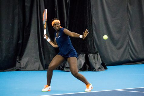 Illinois women's tennis team to play three matches in two days