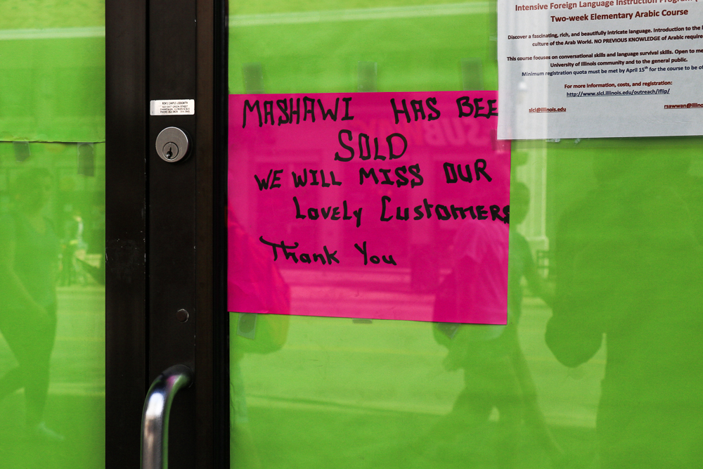 Customers found Mashawi Grill unexpectedly closed this Monday with a sign announcing its sale.