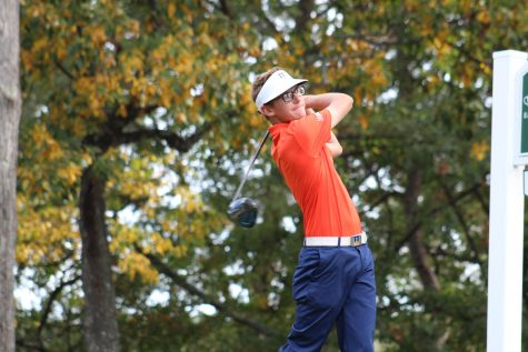 Illinois men's golf coach Mike Small receives new contract