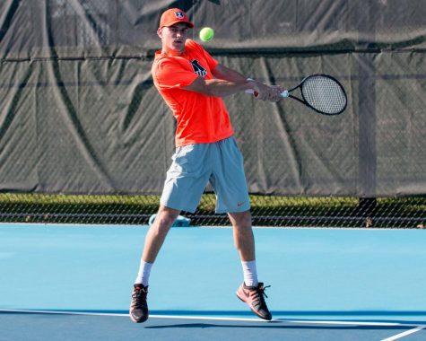 Men's tennis falls in Big Ten semifinals
