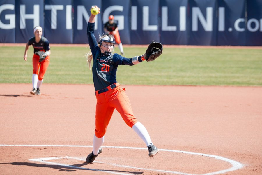 Illinois+starting+pitcher+Breanna+Wonderly+delivers+a+pitch+against+Minnesota+on+April+1.