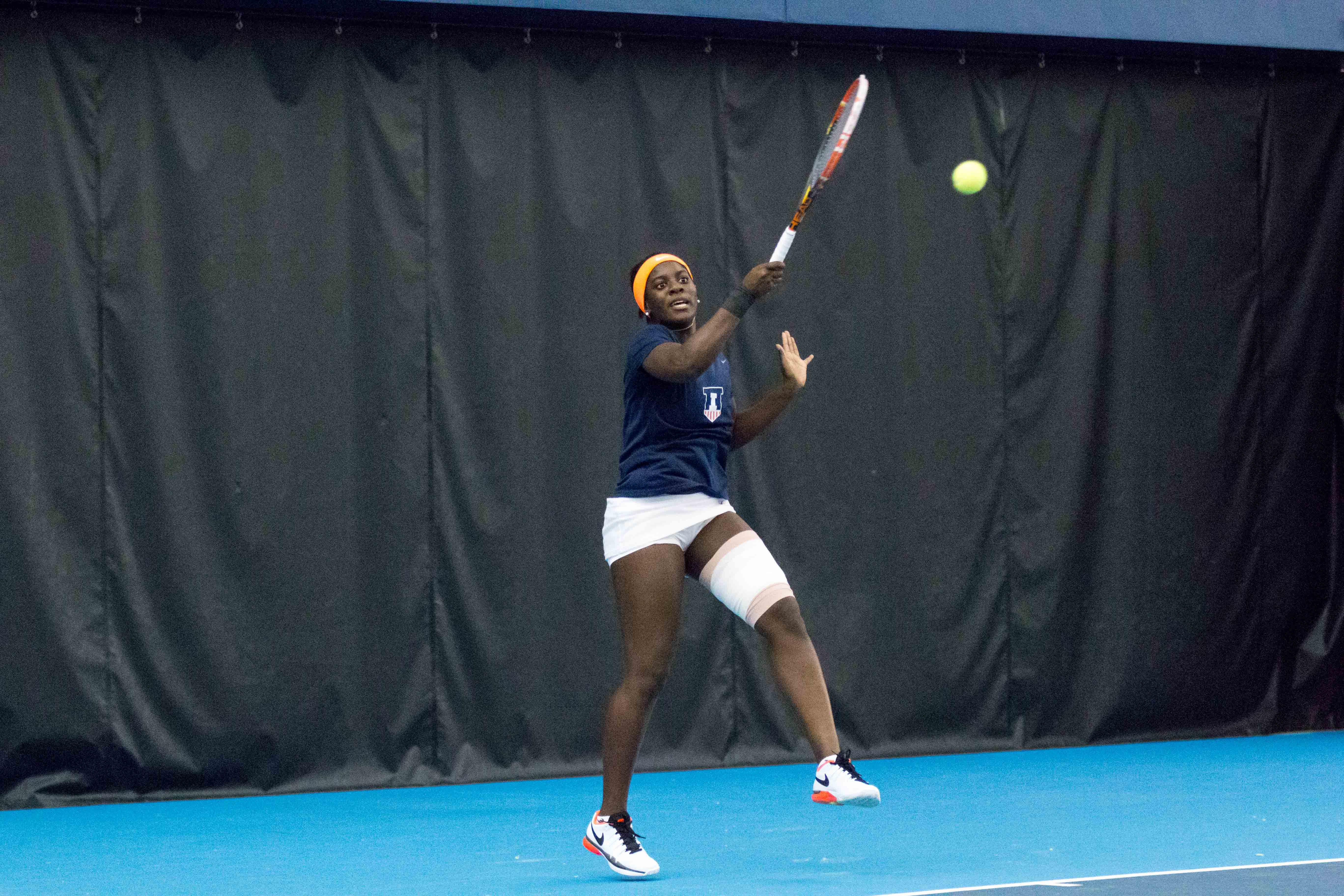 Illinois' Ines Vias returns a ball during against DePaul at the Atkins Tennis Center on Feb. 19.