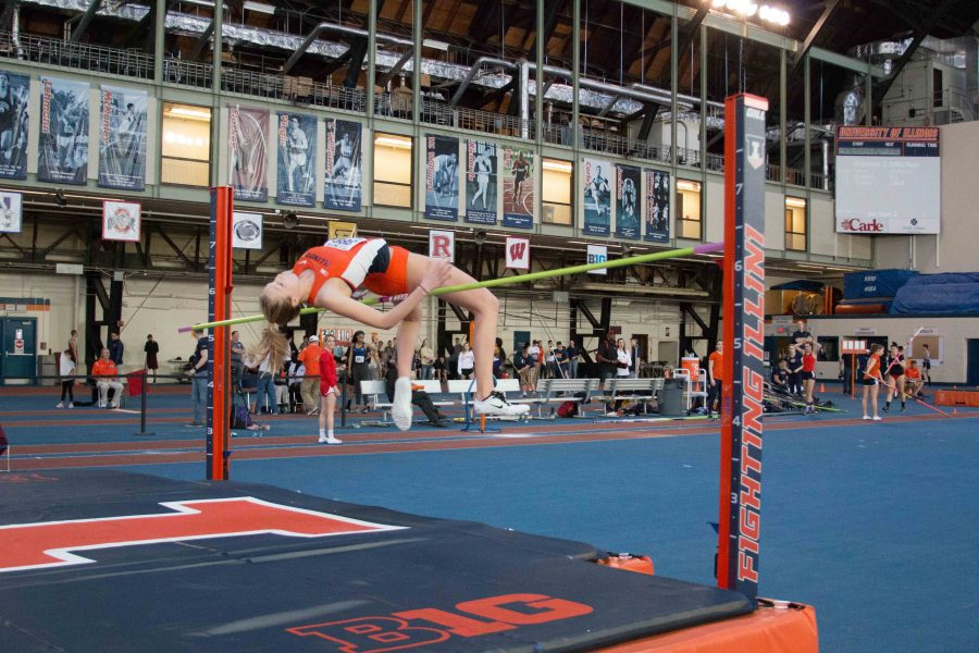Illinois%27+Kandie+Bloch-Jones++attempts+the+high+jump+during+the+Orange+%26+Blue+Meet+at+Armory+on+Feb.+20%2C+2016.