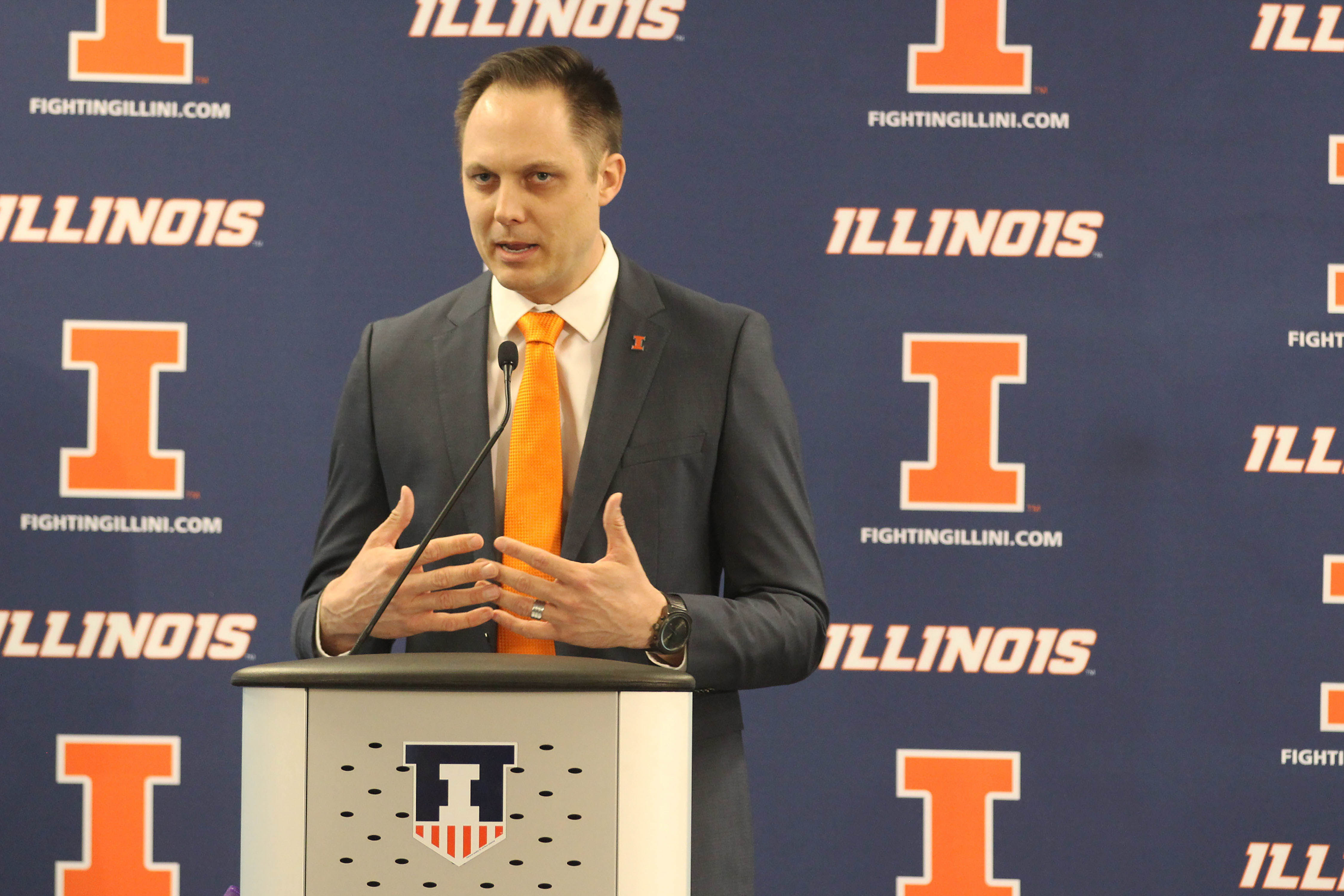 Chris Tamas talks to the press for the first time after being hired as Illinois' new women's volleyball head coach on Feb. 10. Four more recruits recently signed to play this season.