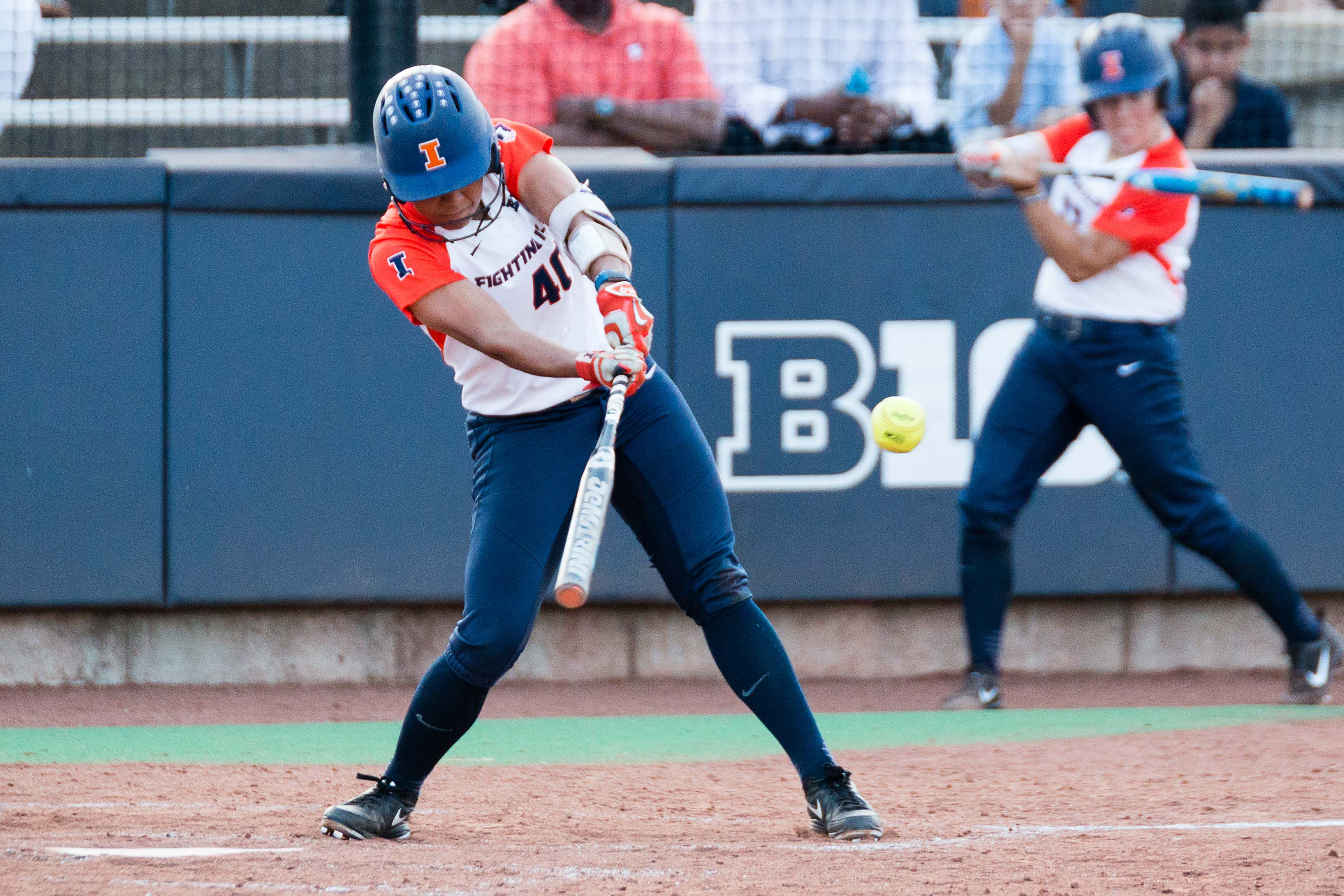 Illinois' Nicole Evans hits a single against Butler at Eichelberger Field on Wednesday, April 19.