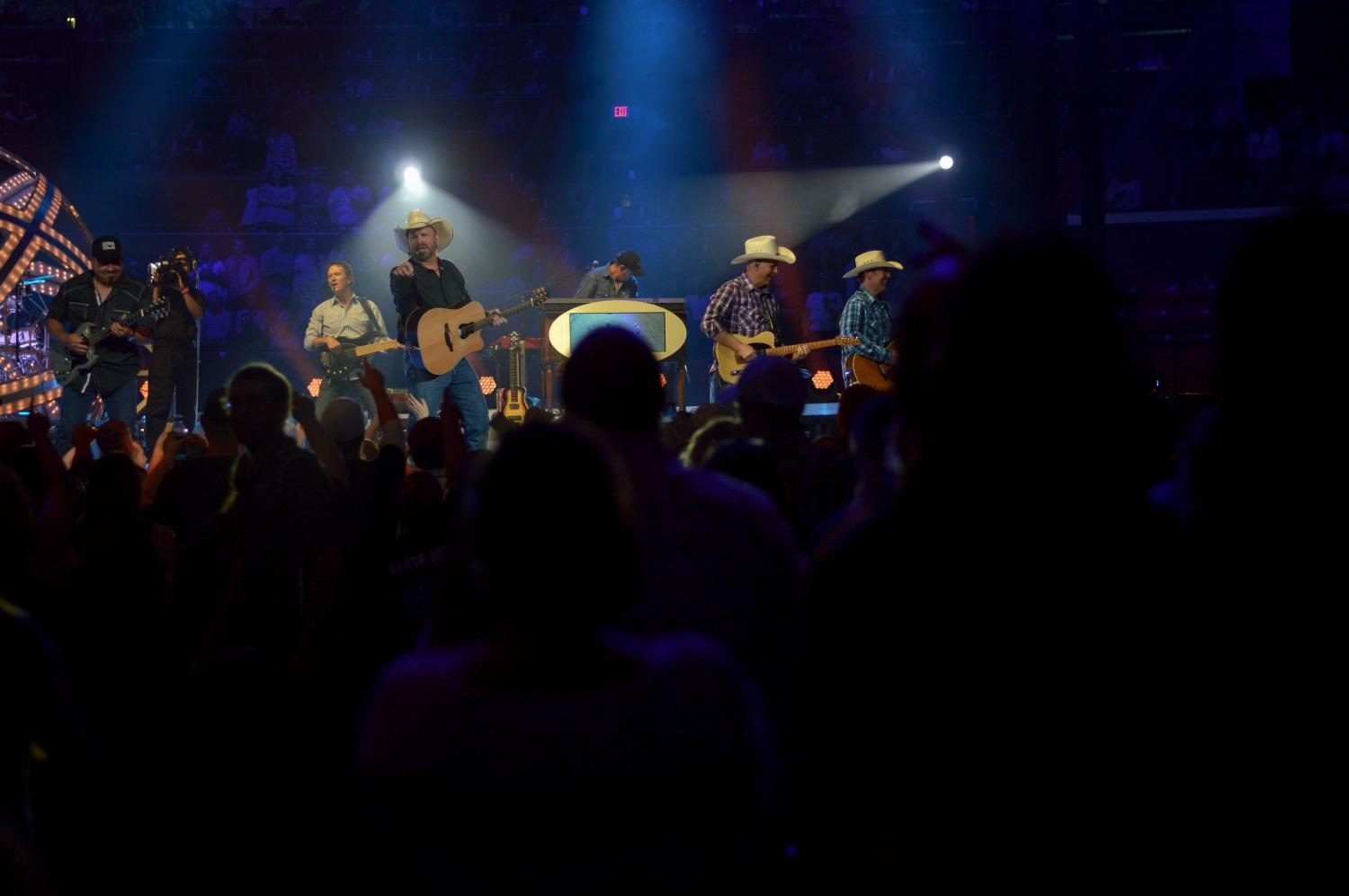 Garth+Brooks+performs+at+State+Farm+Center+on+Friday.+Brooks+performed+nearly+four+hours+for+his+Friday+night+show.