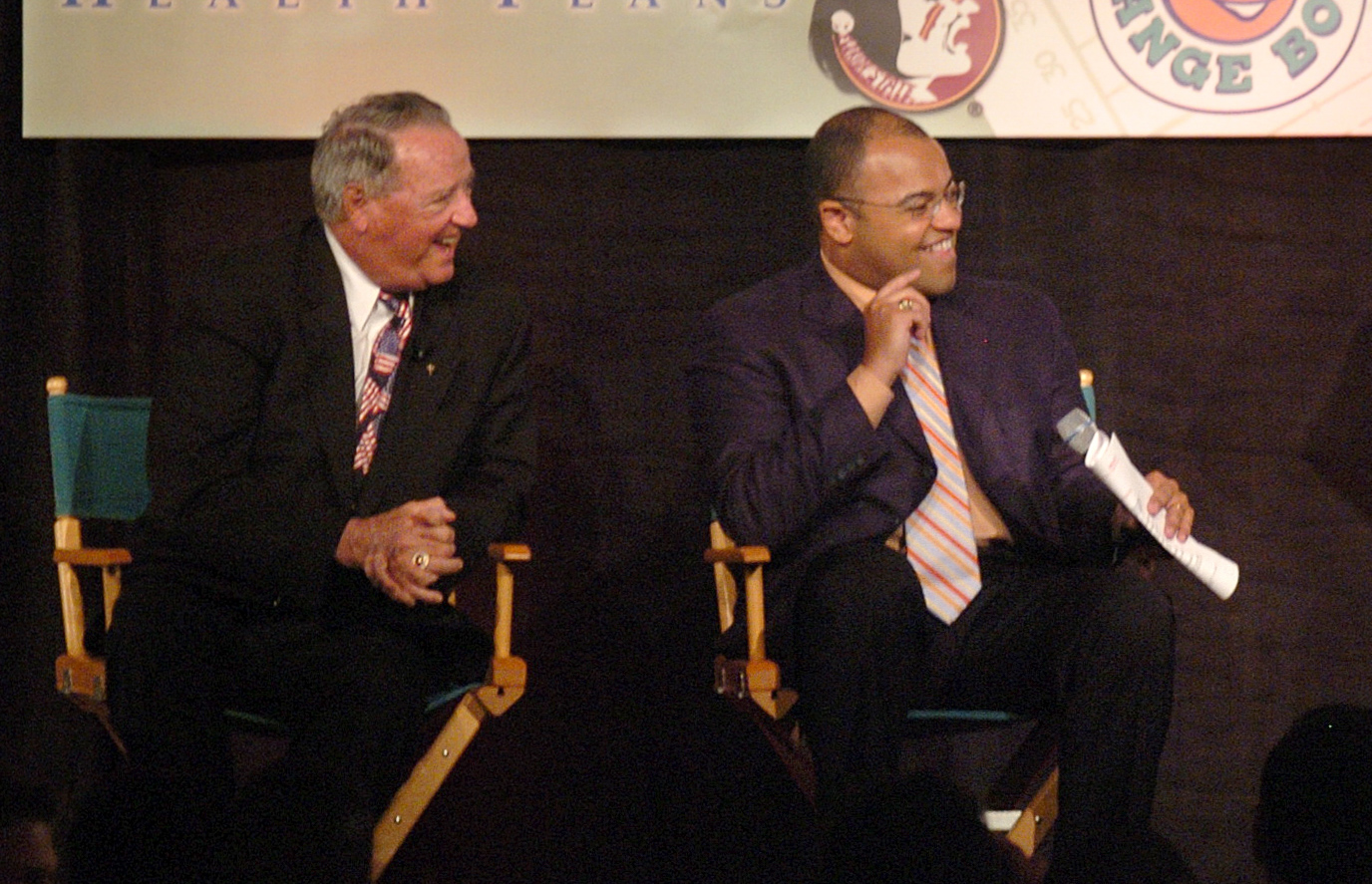 Former+Florida+State+head+coach+Bobby+Bowden+and+sportscaster+Mike+Tirico+%28right%29+joke+at+the+Orange+Bowl+Coaches+Luncheon+in+2006.+Tirico+will+host+the+Illinois+Hall+of+Fame+Gala.