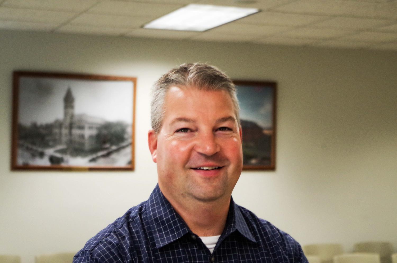 Portrait of County Clerk Gordy Hulten.