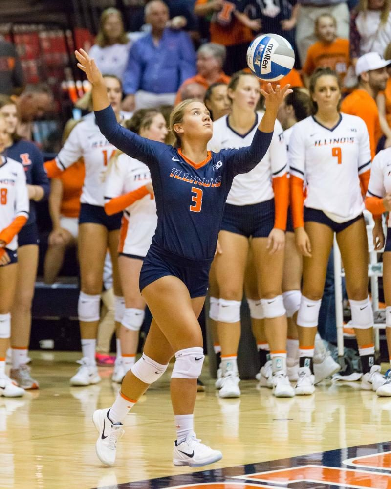 Illinois+defensive+specialist+Brandi+Donnelly+serves+the+ball+during+the+match+against+Stanford+at%0AHuff+Hall+on+Sept.+9.