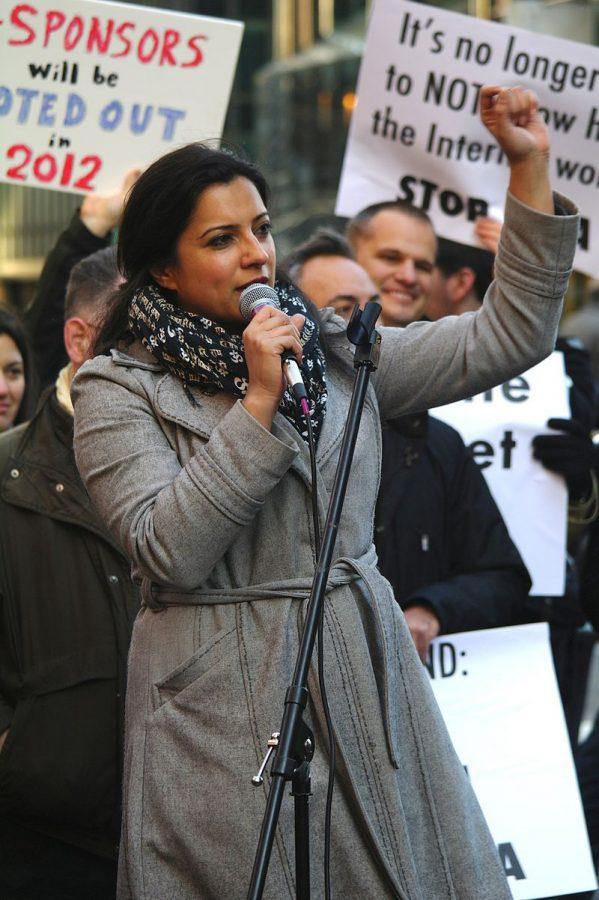 Reshma+Saujani+at+an+anti-PIPA+rally.