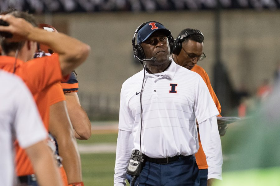 Illinois+head+coach+Lovie+Smith+stands+on+the+sidelines+during%0Athe+game+against+Western+Kentucky+University+on+Sept.+9.+
