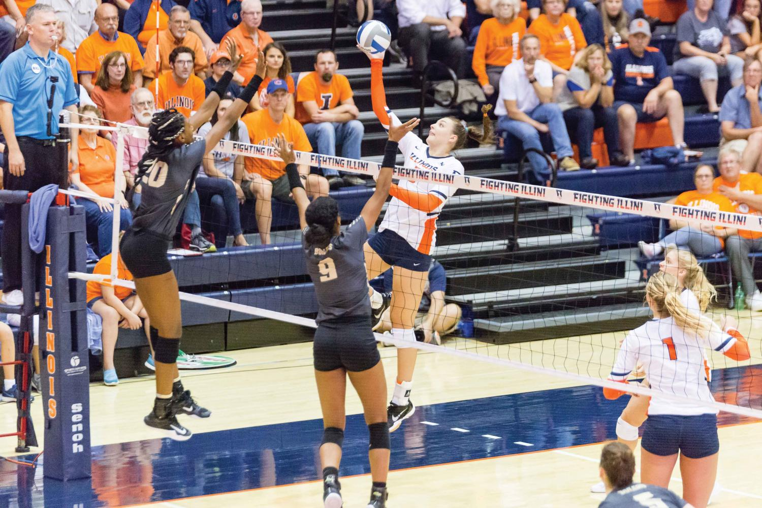 Illinois volleyball go 2-0 on the weekend | The Daily Illini