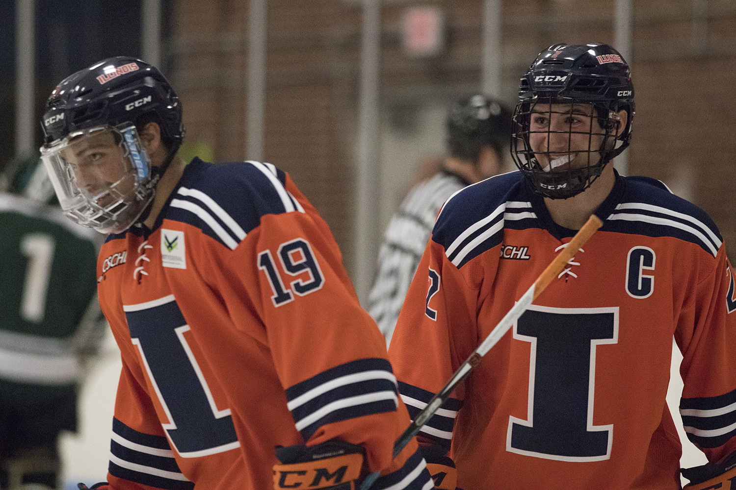 the latest 558ce d4517 Illinois hockey sweeps Illinois State, remains undefeated ...