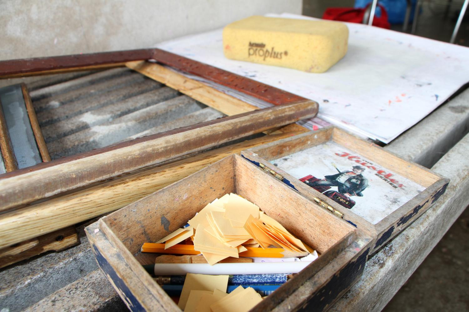 The Peace Paper Project makes use of the ancient art of paper making as a channel for personal expression and socio-cultural change. The project is worldwide, uniting people from all walks of life.