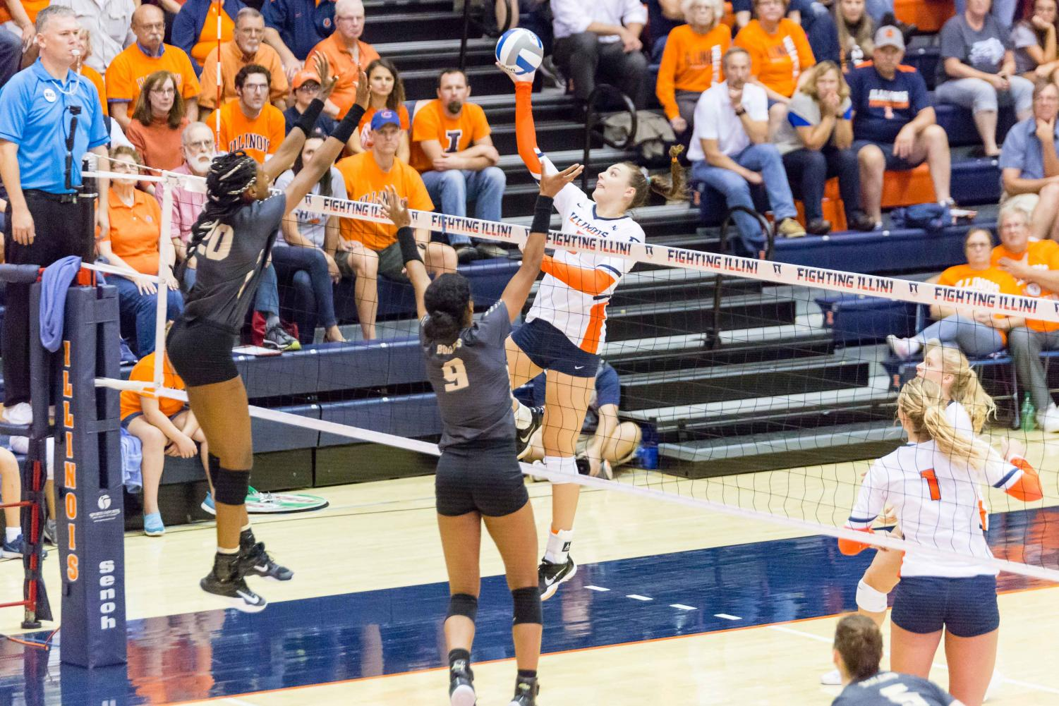 Volleyball Ends Season in Close NCAA First Round Battle