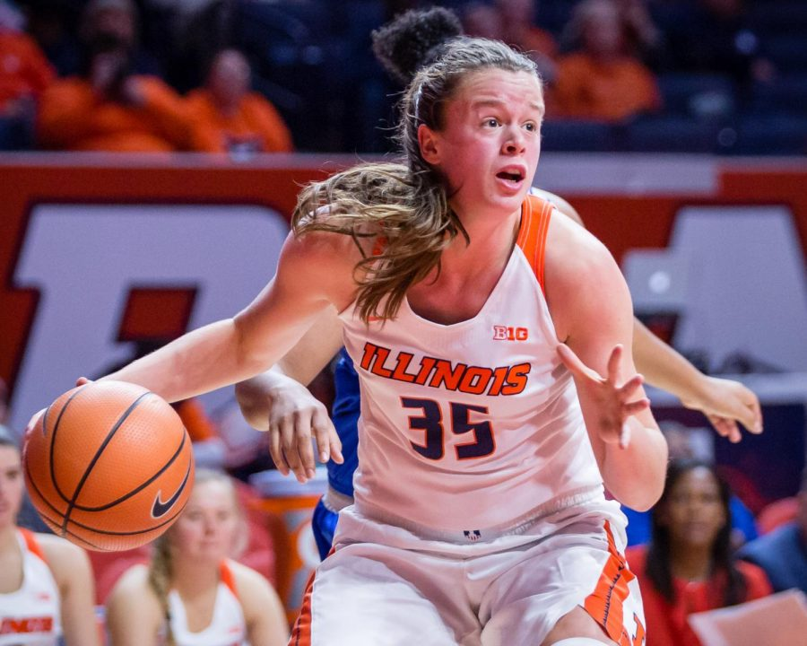 Illinois+forward+Alex+Wittinger+dribbles+to+the+basket+during+the+game+against+Fort+Wayne+at+State+Farm+Center+on+Friday%2C+Nov.+10.+The+Illini+won+64-50.