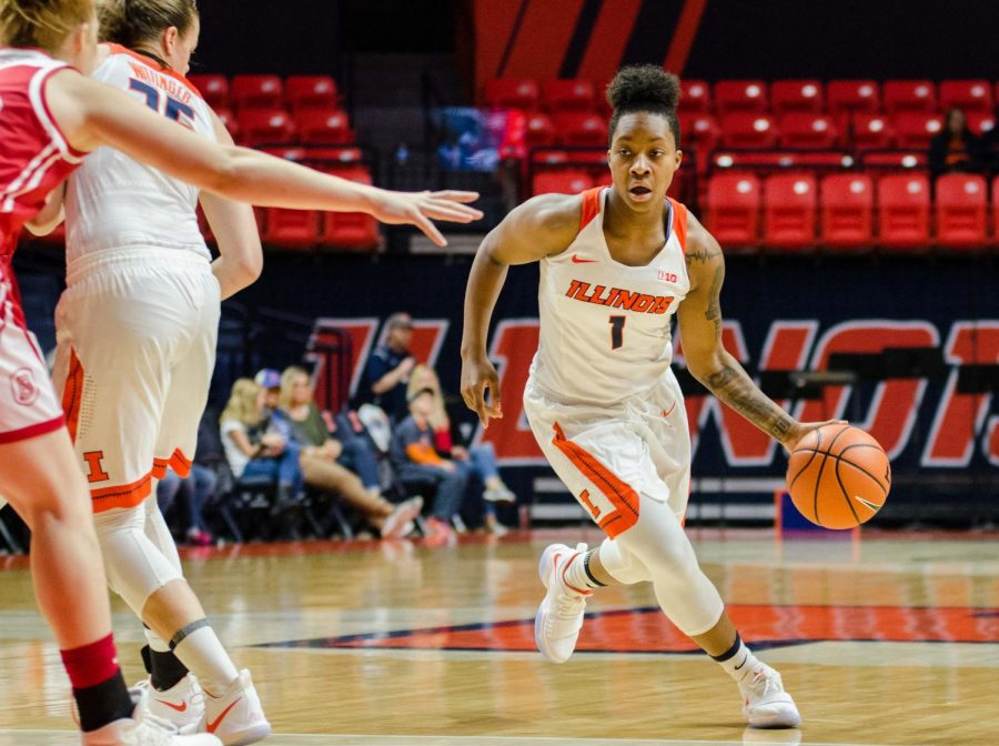 Illinois+guard+Brandi+Beasley+drives+the+lane+during+Illinois%27+74-62+win+over+Bradley+on+Nov.+18.+Beasley+continues+to+put+up+double-digits%2C+having+recently+recorded+her+1%2C000th+point+with+the+Illini.