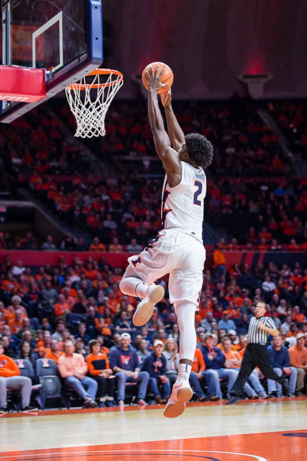 Illinois+forward+Kipper+Nichols+%282%29+rises+up+for+a+dunk+during+the+game+against+Iowa+at+State+Farm+Center+on+Thursday%2C+Jan.+11%2C+2018.