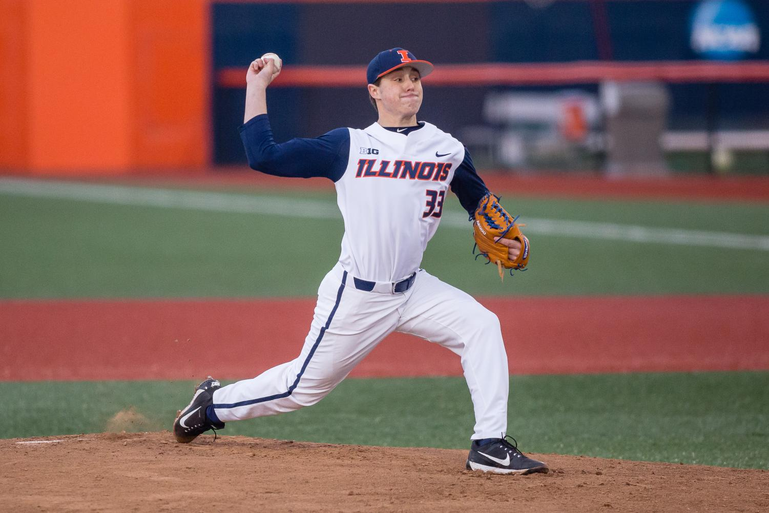 Illinois starting pitcher Quinn Snarskis throws a pitch during the Big Ten season opener at Illinois Field Friday against the Iowa Hawkeyes. Iowa won the game 8-5.