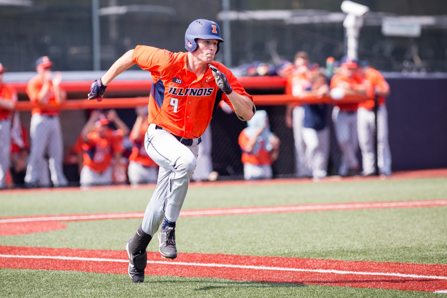Illinois infielder Bren Spillane (9) runs to first during the game against Indiana State at Illinois Field on Saturday, September 24.