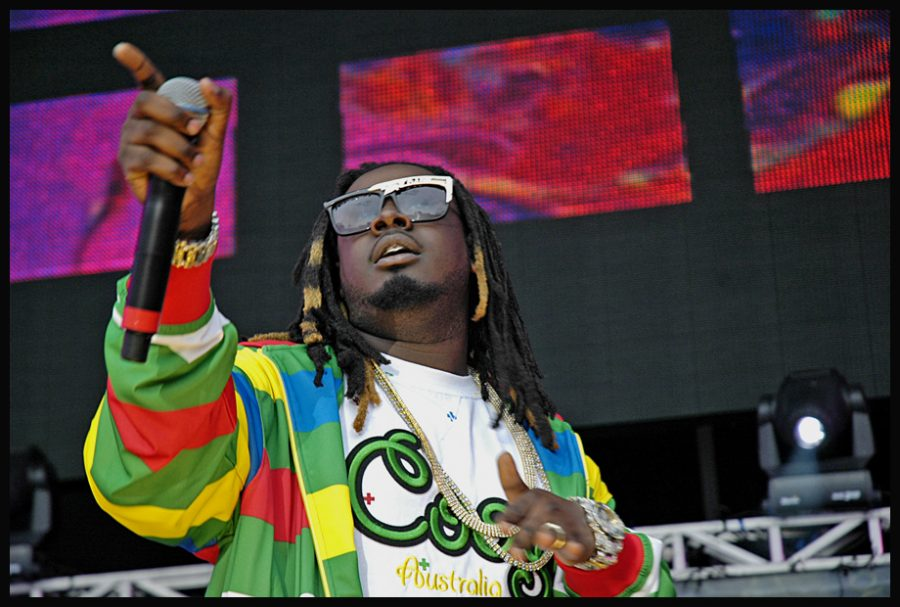 T-Pain+performs+at+Hot+97%27s+Summer+Jam+festival+in+2007.