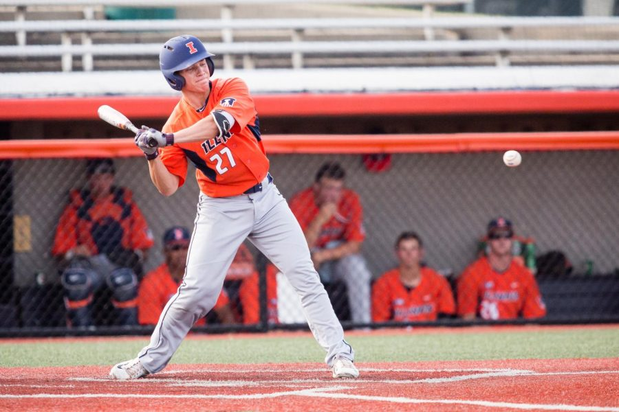 Illinois+infielder+Grant+Van+Scoy+swings+at+the+pitch+during+the+game+against+Indiana+State+at+Illinois+Field+on+Sept.+24.
