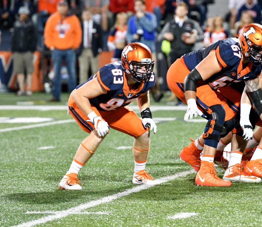 Illini+tight+end+Bobby+Walker+lines+up+on+offense+against+Western+Kentucky+University.+Illinois+went+on+to+beat+the+Hilltoppers+20-7+for+their+second+and+last+win+of+the+2017+season.+Walker+was+originally+a+walk-on+player+who+was+later+offered+a+scholarship+in+the+middle+of+his+sophomore+season.