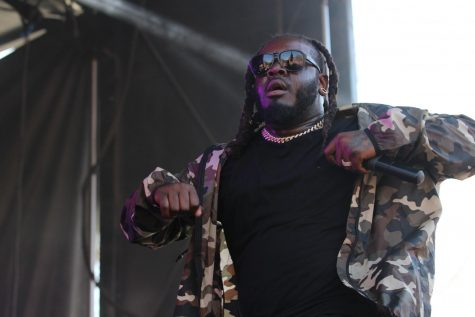 T-Pain swings big on the hits, loses steam on Main Quad