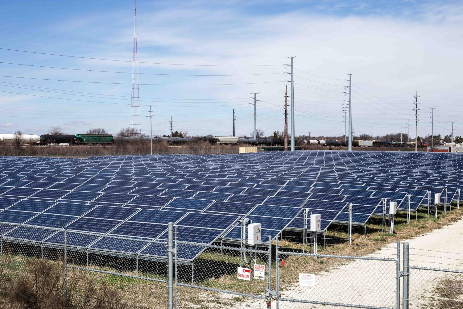 The University of Illinois Solar Farm on Mar. 30, 2018.