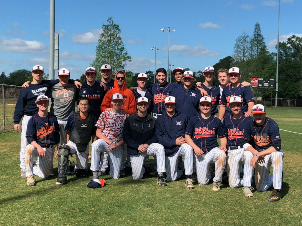 The Illini club baseball team takes a group picture. The program finished with a 20-2 regular season record and hopes to make a deep postseason run.