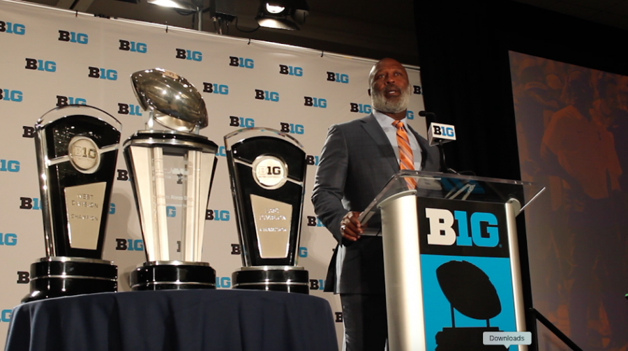 Big Ten Media Day: Smith looks for improvement in year three at Illinois