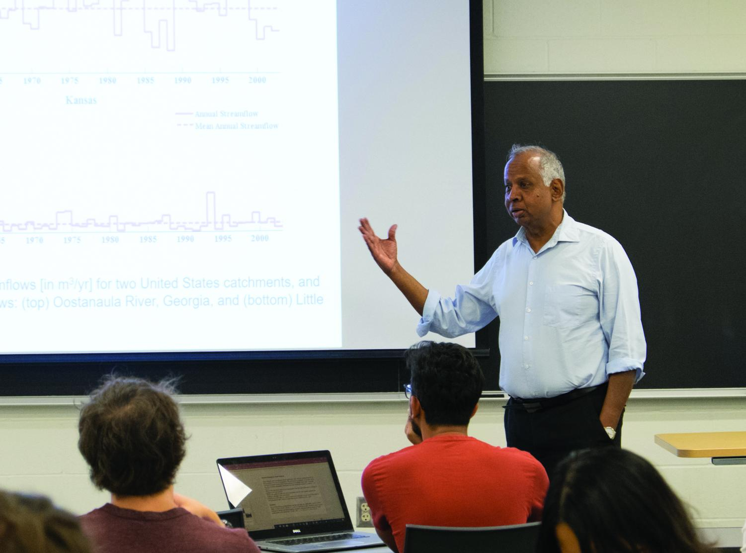Professor Murugesu Sivapalan gives lecture to students in the Newmark Civil Engineering Laboratory on Wednesday. Sivapalan was awarded the Creativity Prize by the eighth Prince Sultan Bin Abdulaziz International Prize for Water for his work in flood prevention.