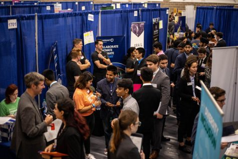 Students prepare for career fair season