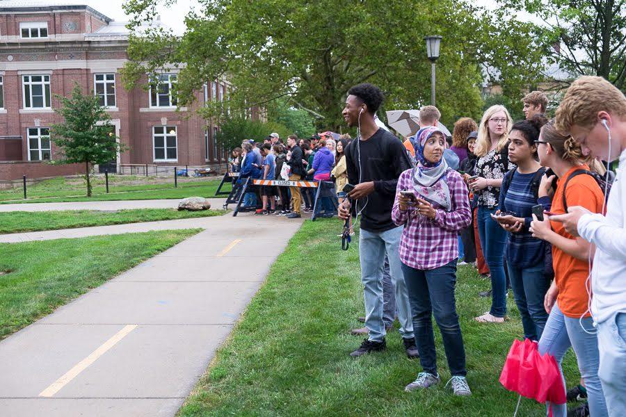 Students lining up outside of Follinger Auditorium awaiting the entry of President Obama.
