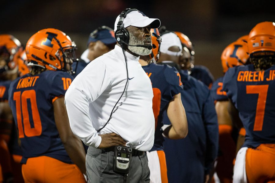 Illinois+head+coach+Lovie+Smith+looks+up+at+the+scoreboard+during+the+game+against+Western+Illinois+at+Memorial+Stadium+on+Saturday%2C+Sept.+8%2C+2018.