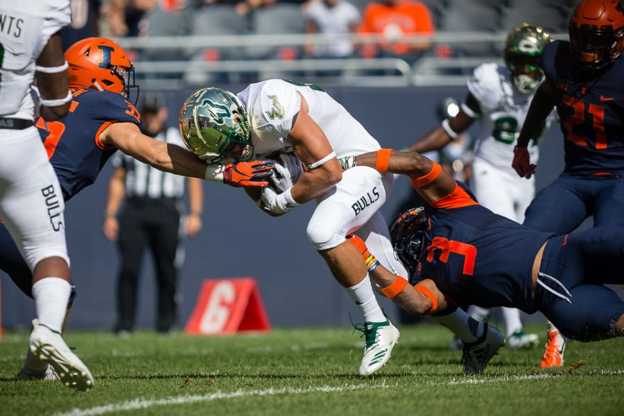 Illini fall in second half at Soldier Field