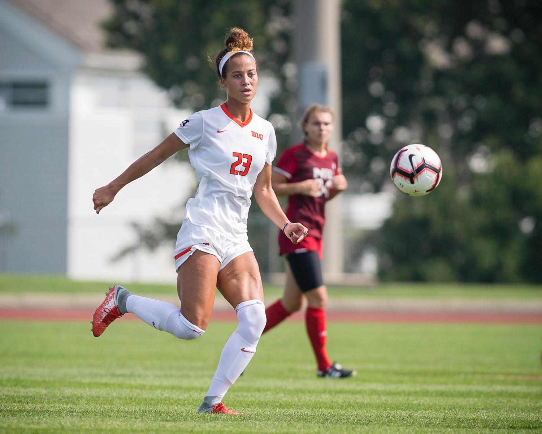 Illinois midfielder Arianna Veland passes the ball during the game against Northern Illinois at the Illinois Soccer Stadium on Aug. 26. The Illini won 8-0.