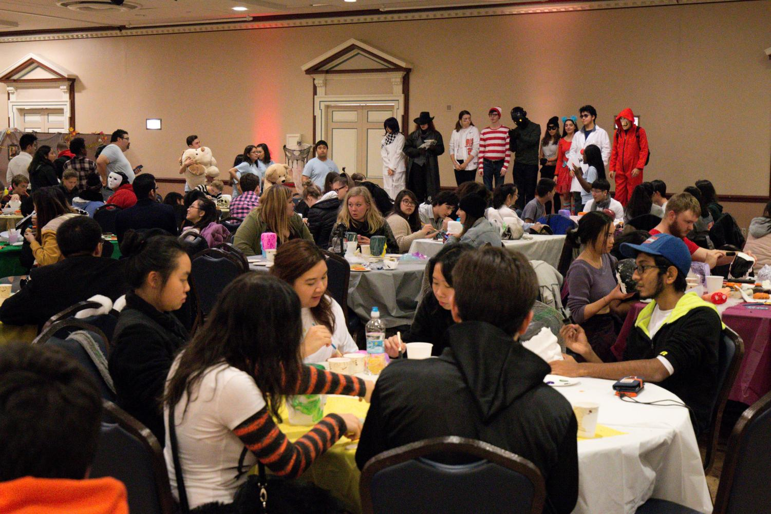 The Illini Union Board hosts a costume contest in the ballroom of the Illini Union on Friday. Prior to this, IUB canceled three events in October.