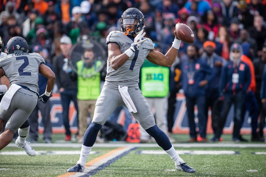 Illinois+quarterback+AJ+Bush+%281%29+passes+the+ball+during+the+game+against+Purdue+at+Memorial+Stadium+on+Saturday%2C+Oct.+13%2C+2018.