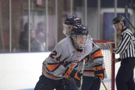 Hockey sweeps McKendree, off to 8-0 start
