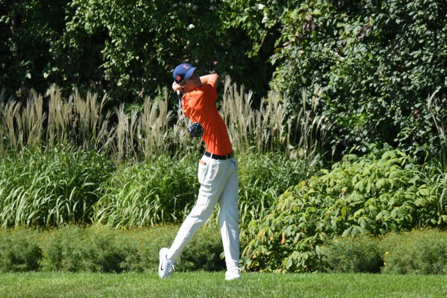 Illinois+men%E2%80%99s+golf+freshman+Adrien+Dumont+de+Chassart+competes+at+the+OFCC%2FFI+Invitational+in+Olympia+Fields%2C+Illinois.+Dumont+de+Chassart+has+been+an+impact+performer+on+the+team+early+this+season%2C+helping+to+make+up+for+the+loss+of+some+prominent+seniors+after+last+season.
