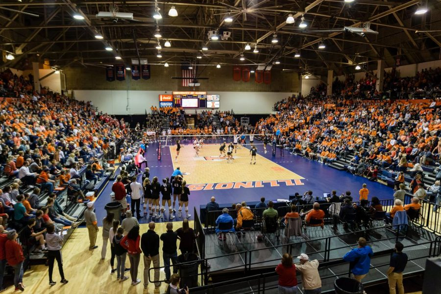 Illini+fans+fill+Huff+Hall+during+the+match+against+Nebraska+on+Saturday.+3%2C569+fans+attended+this+game.+