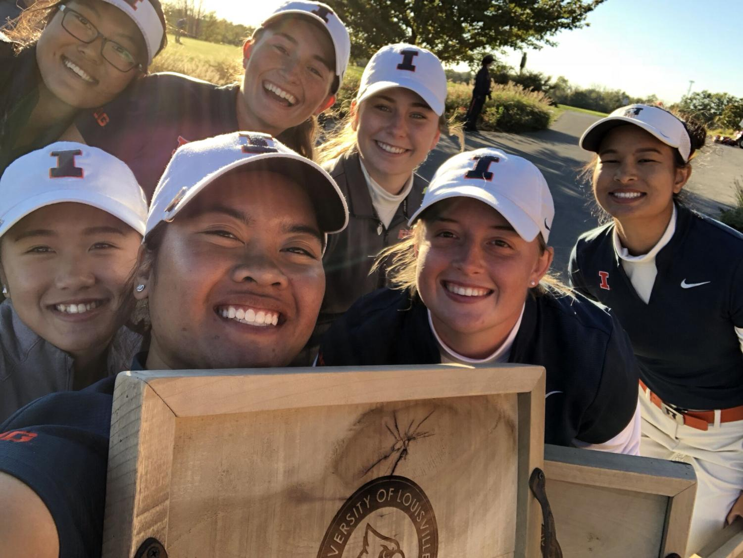 The Illini women's golf team poses for a picture after taking home a first-place victory at the Cardinal Cup in Louisville, Kentucky. on Oct. 21.