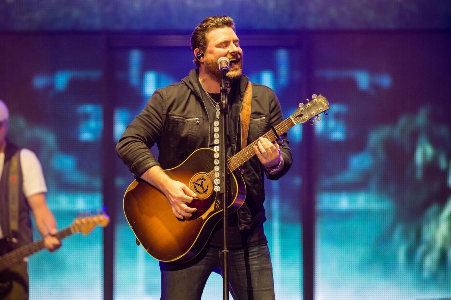 Chris Young, accompanying artists perform for students at State Farm Center