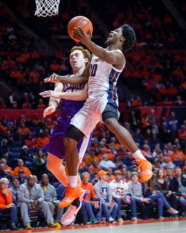 Illinois+guard+Andres+Feliz+%2810%29+goes+up+for+a+layup+during+the+game+against+Evansville+at+State+Farm+Center+on+Thursday%2C+Nov.+8.