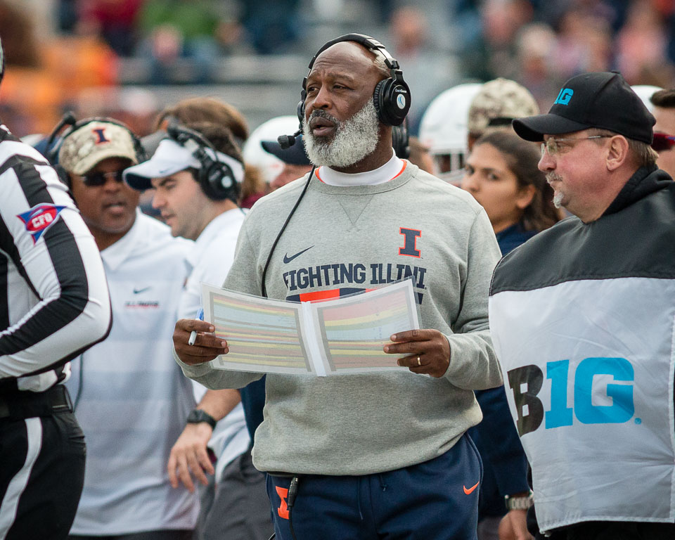 Illinois head coach Lovie Smith calls the defensive plays during the game against Minnesota at Memorial Stadium on Saturday, Nov. 3, 2018.