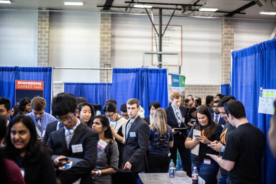 Students+pack+the+ARC+at+the+Engineering+Career+Fair+on+Sept.+11.
