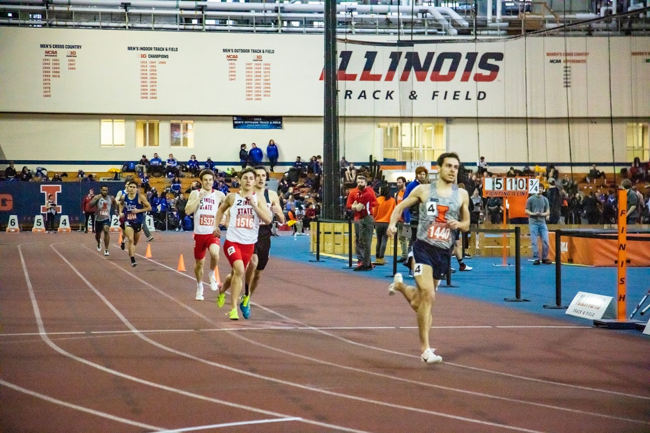 UIUC student Jonathan Davis gets first place at Men 800 meter run with a time of 1:52:17.